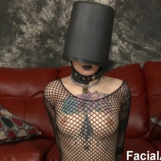 [FaceFucking.com / FacialAbuse.com] Amelia Dire (Bucket Head / E672)